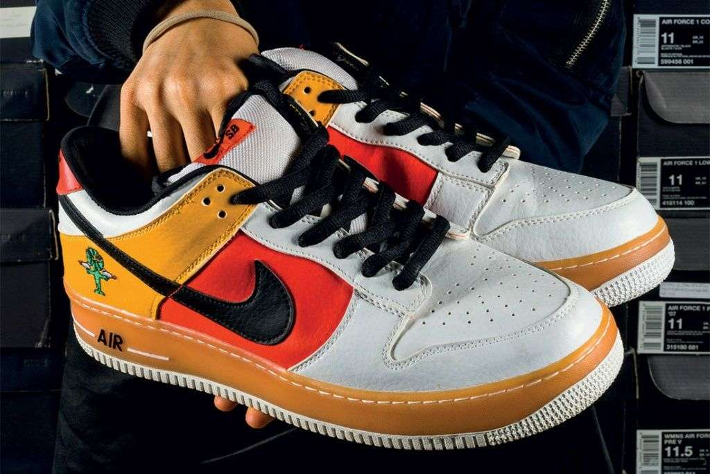 The-Chicks-With-Kicks-Sneaker-Freaker-Interview-Nike-Air-Force-1-x-Dunk-Sb-Rayguns.jpg